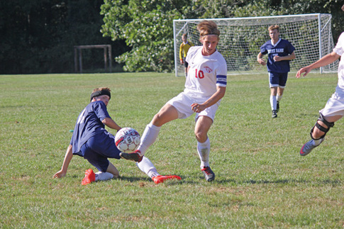 Michael Scardelletti follows family's lead on LHS soccer pitch